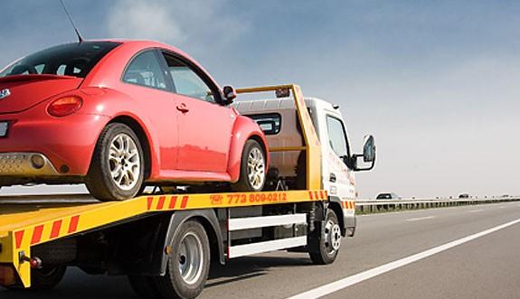 Какво да правим при повреден автомобил на пътя