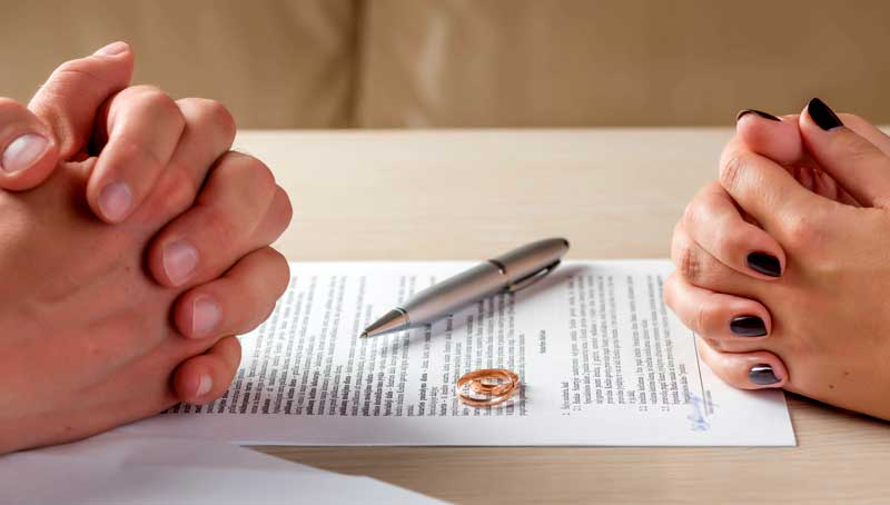 Как да изберем бракоразводен адвокат