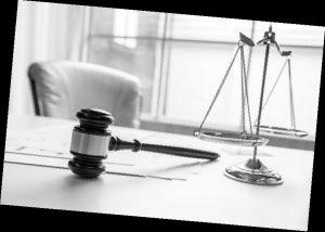 7 стъпки за откриването на адвокат по административно право